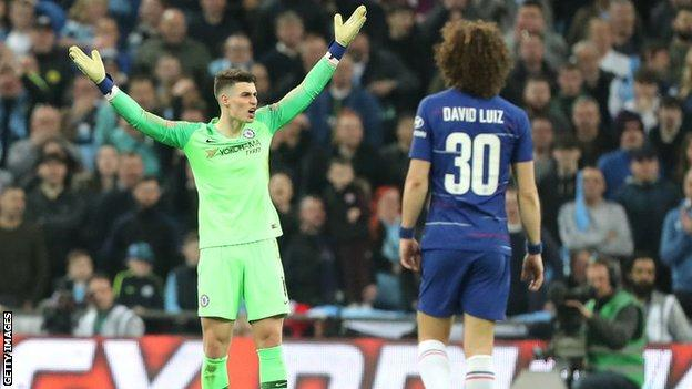 Kepa refuses to come off against Man City in the 2019 EFL Cup final